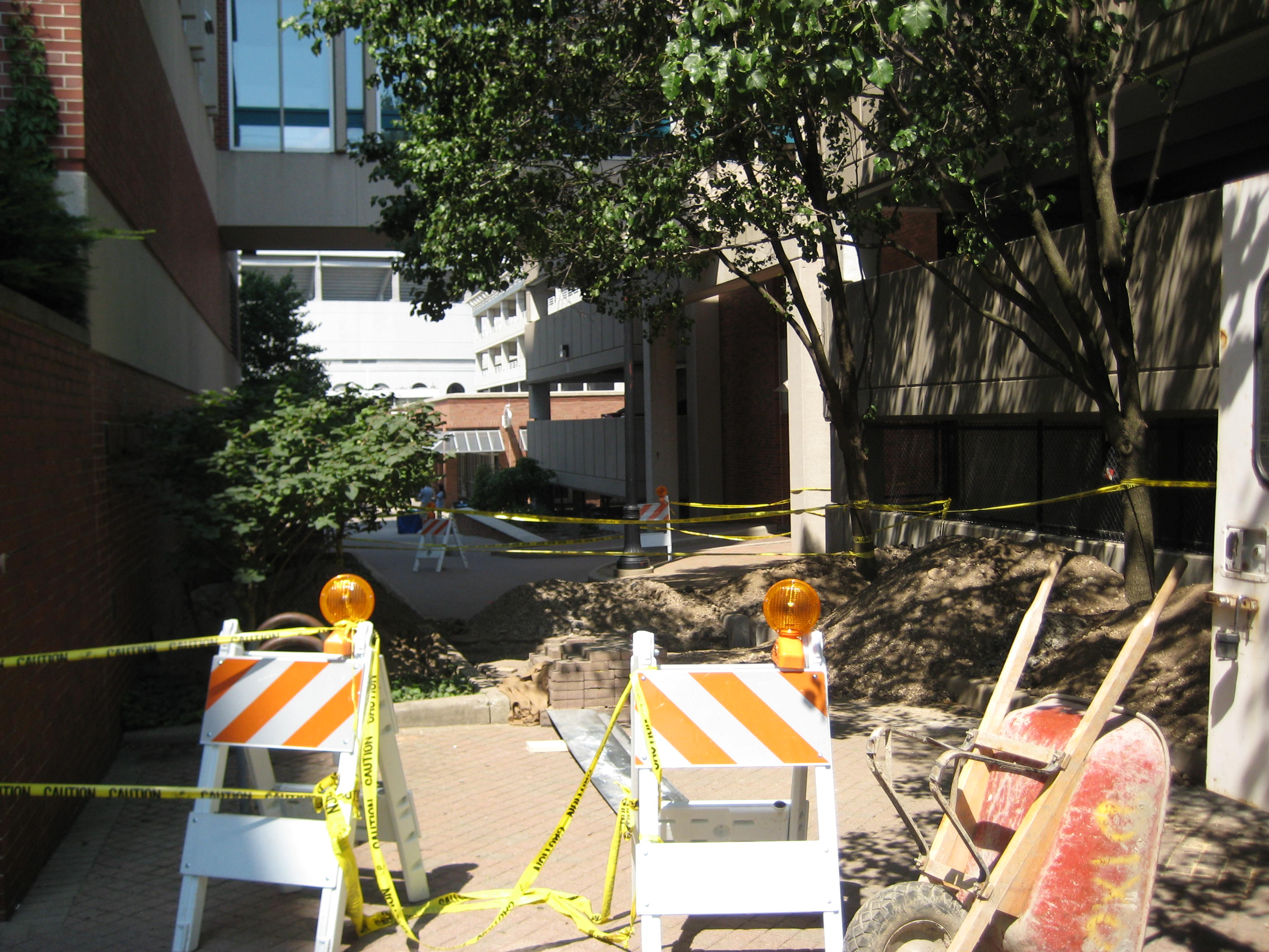 Construction in front of Dreese Lab
